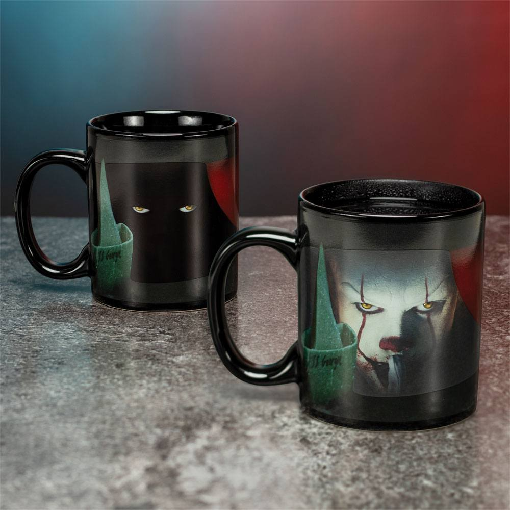 Stephen Kings It 2017 Heat Change Mug Pennywise
