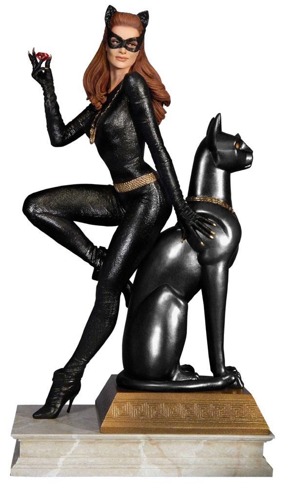 Batman Classics Collection Maquette Catwoman Ruby Edition Variant 30 cm
