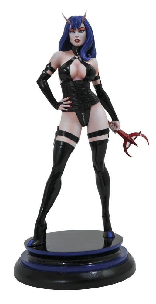 Femme Fatales PVC Statue Sinful Suzi 23 cm