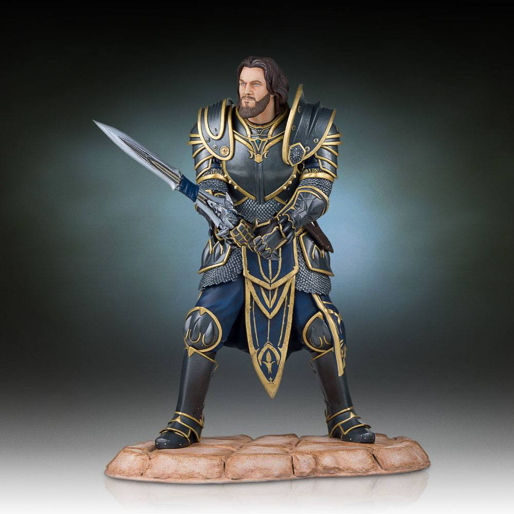 Warcraft The Beginning Statue Lothar 28 cm --- DAMAGED PACKAGING