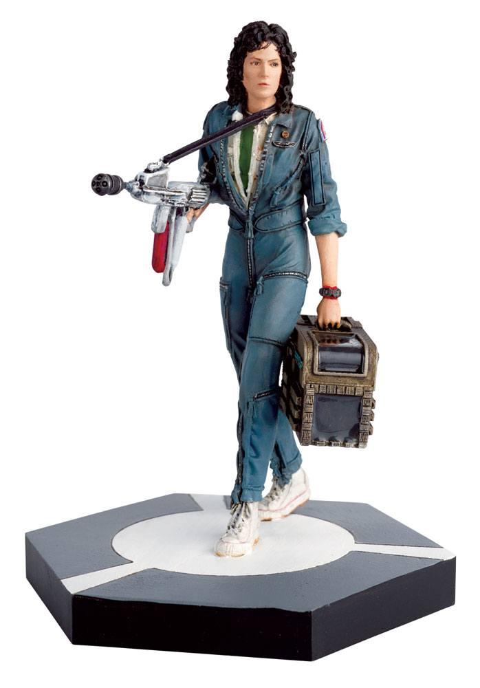 The Alien & Predator Figurine Collection Warrant Officer Ellen Ripley (Alien) 11 cm