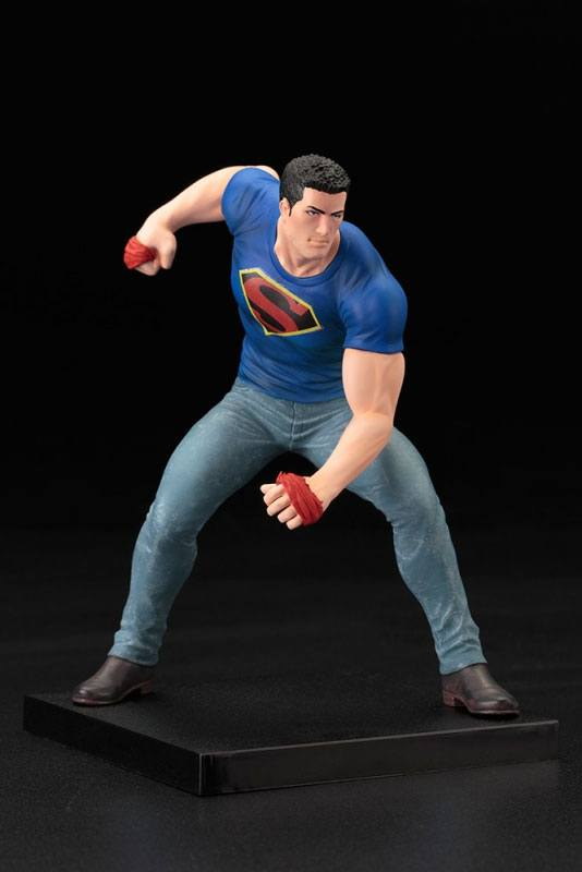 DC Comics ARTFX+ PVC Statue 1-10 Clark Kent (Superman Action Comics: Truth) SDCC 2016 20 cm