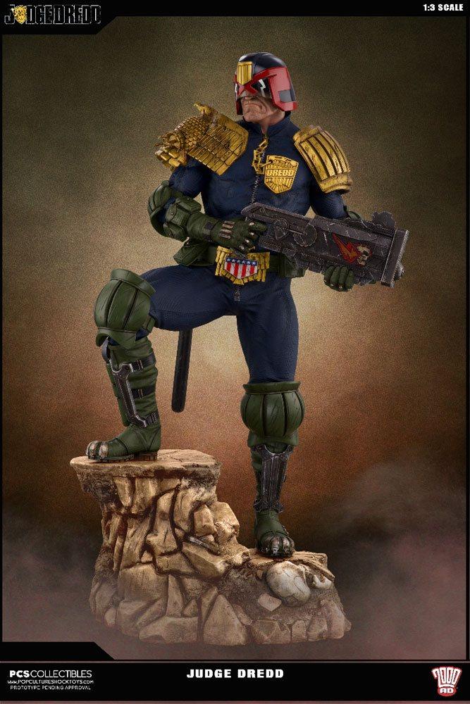 2000 AD Statue 1/3 Judge Dredd 71 cm