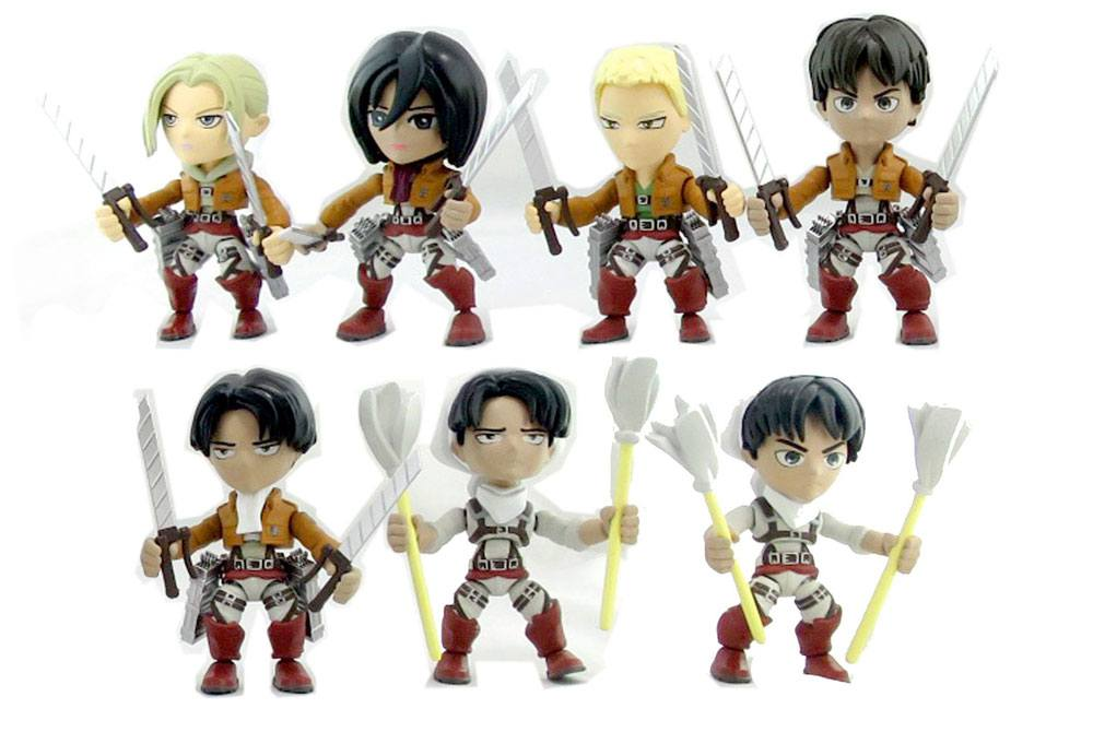 Attack on Titan Action Vinyl Mini Figures 8 cm Wave 1 Display (12)