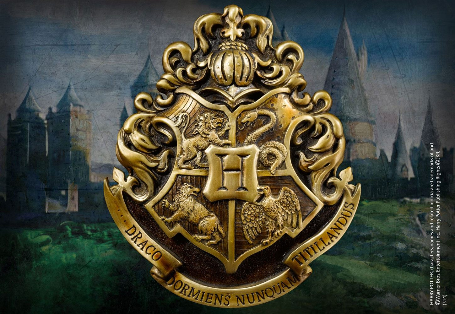 Harry Potter Wall Art Hogwarts School Crest 28 x 31 cm