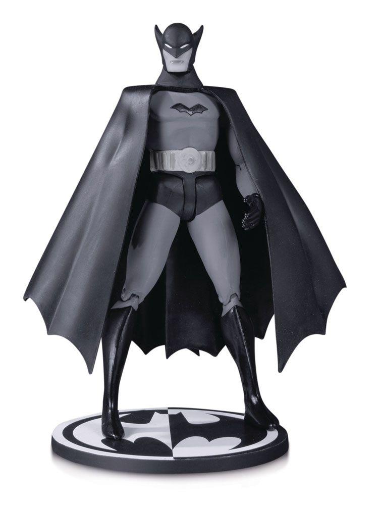 Batman Black & White Action Figure First Appearance Batman by Bob Kane 17 cm