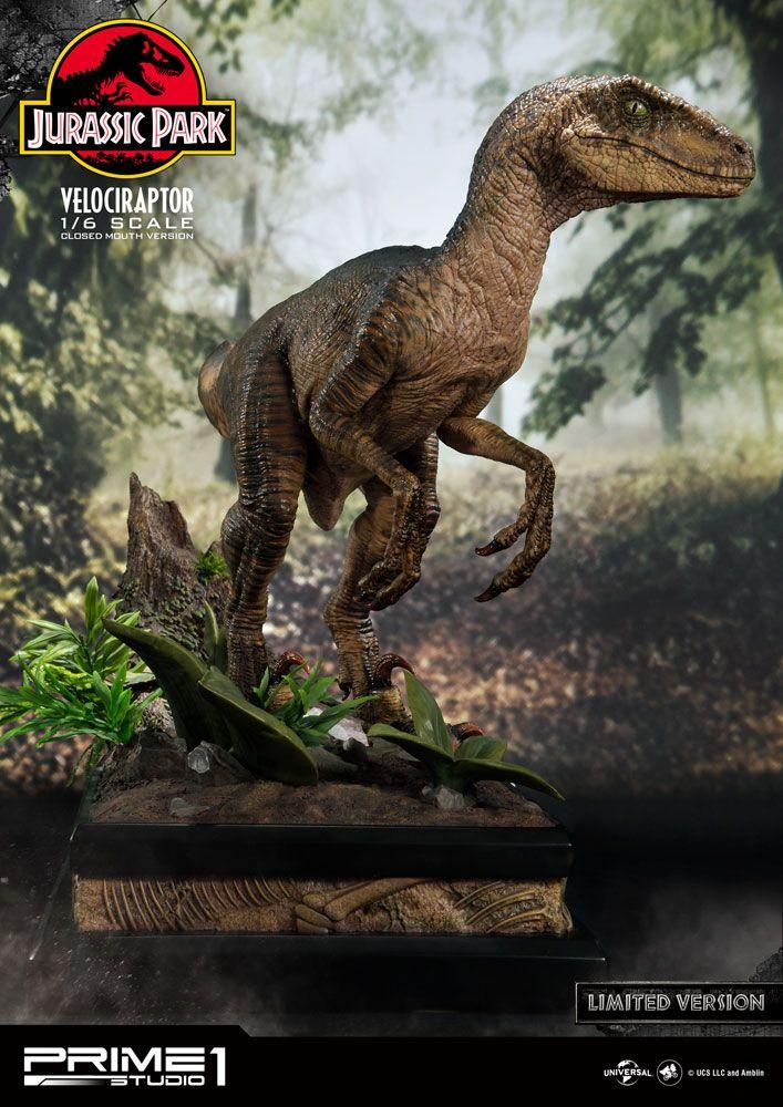 Jurassic Park Statue 1/6 Velociraptor Closed Mouth Ver. 41 cm