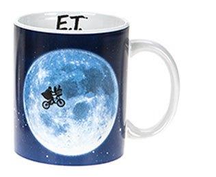 E.T. the Extra-Terrestria Mug Across The Moon