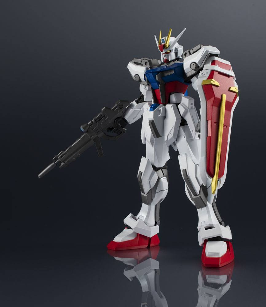 Mobile Suit Gundam SEED Gundam Universe Action Figure GAT-X105 Strike Gundam 15 cm