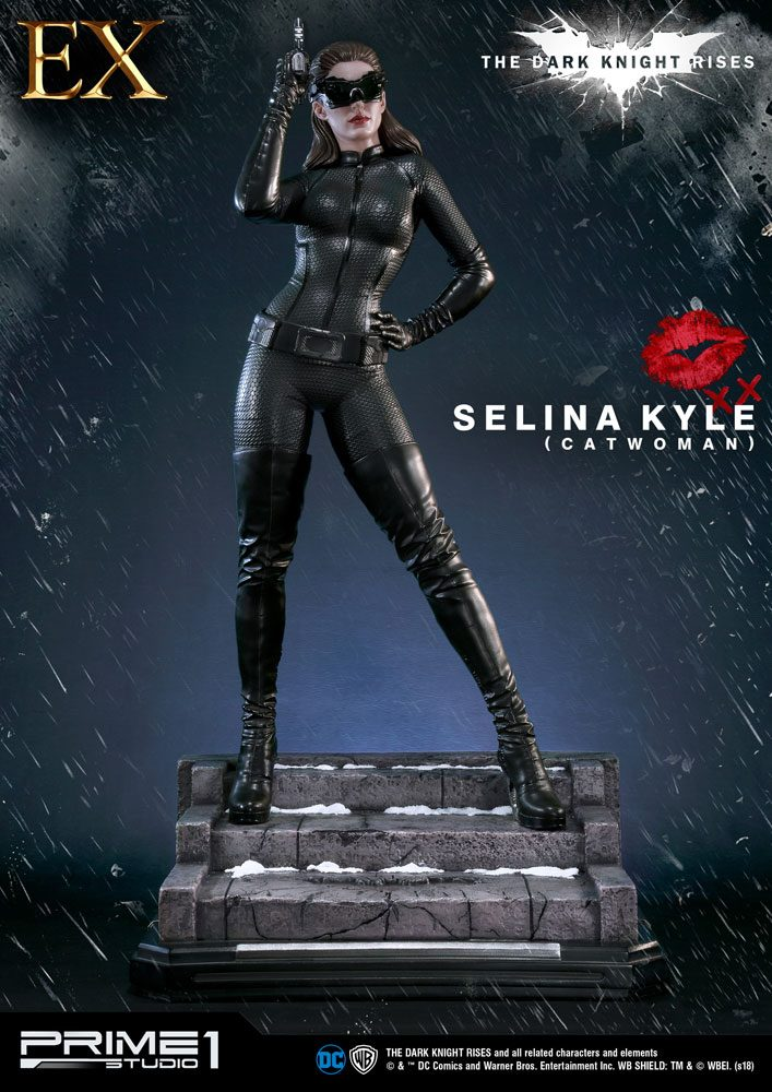 The Dark Knight Rises Statues Catwoman & Catwoman Exclusive 80 cm Assortment (3)