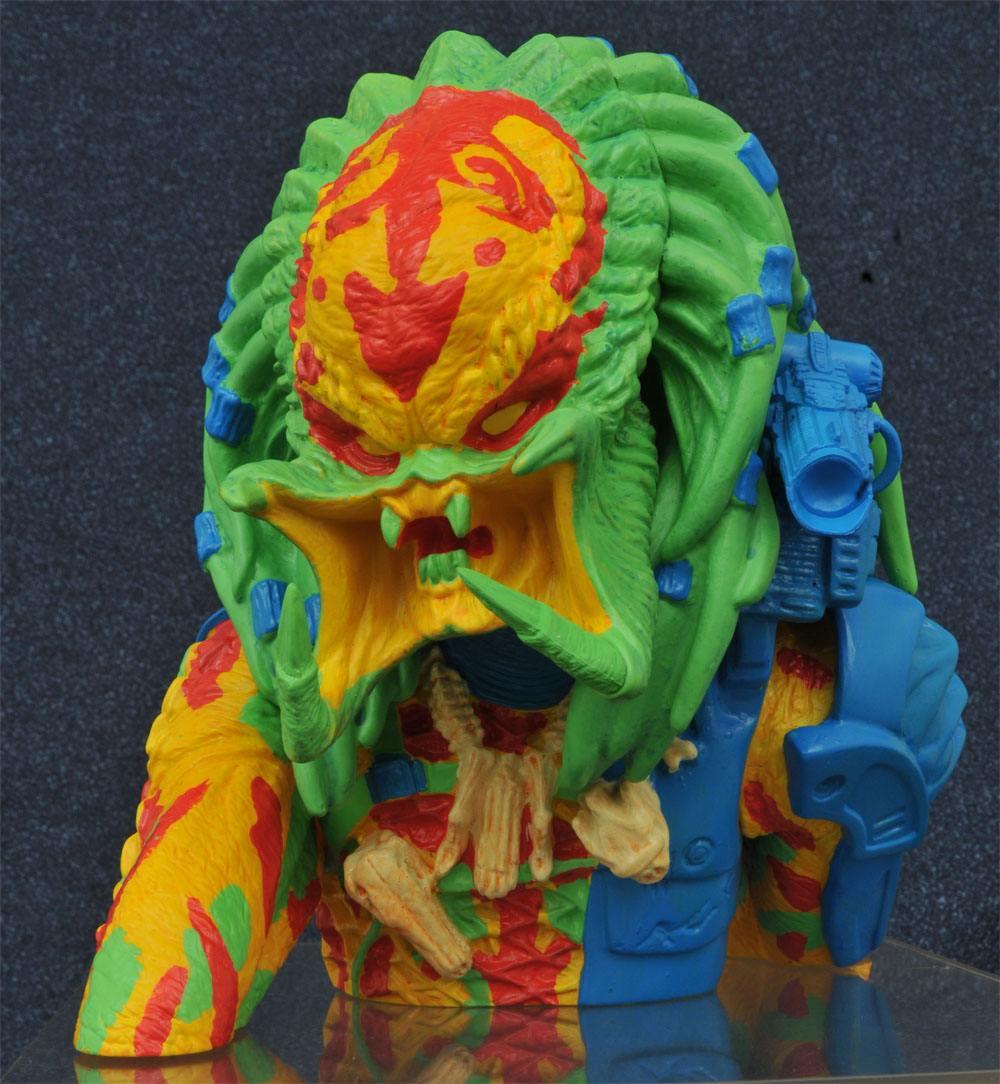Predator Bust Bank Thermal Unmasked Predator Exclusive 23 cm