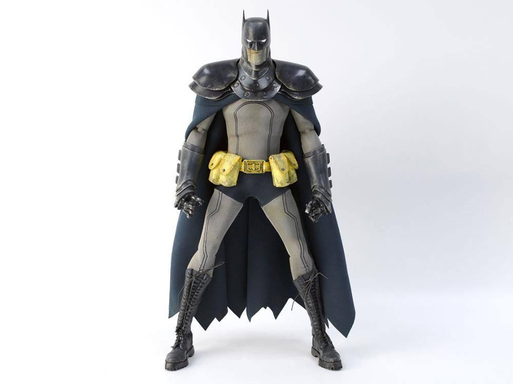 DC Steel Age Light-Up Action Figure 1/6 Steel Detective Batman 35 cm