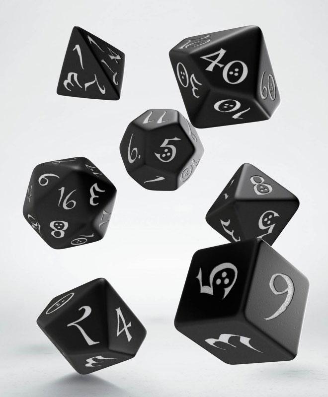 Classic RPG Dice Set black & white (7)