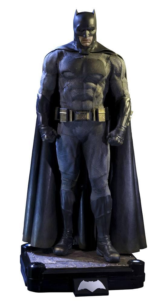 Batman v Superman Dawn of Justice 1/2 Statue Batman 109 cm