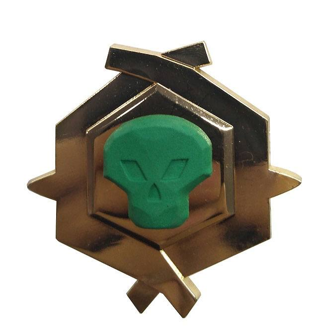 Sea of Thieves Pin Badge Pirate Legend Limited Edition Glow In The Dark