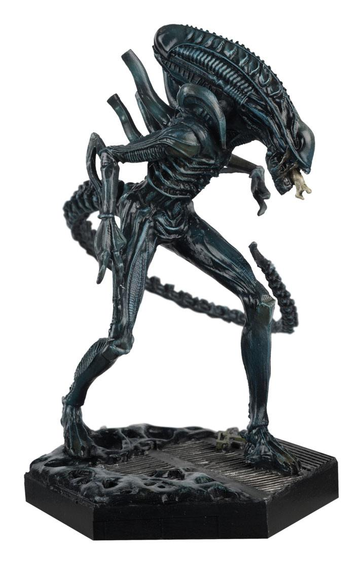 The Alien & Predator Figurine Collection Xenomorph Warrior (Aliens) 14 cm