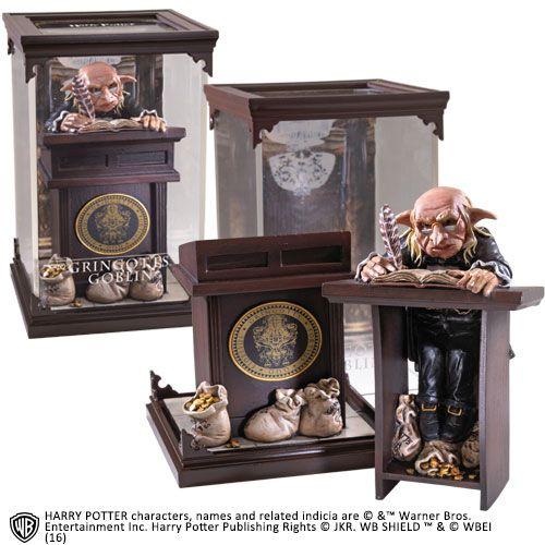 Harry Potter Magical Creatures Statue Gringotts Goblin 19 cm