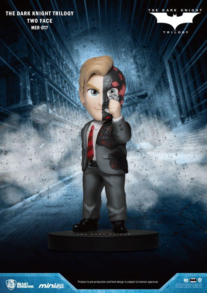 Dark Knight Trilogy Mini Egg Attack Figure Two-Face 8 cm