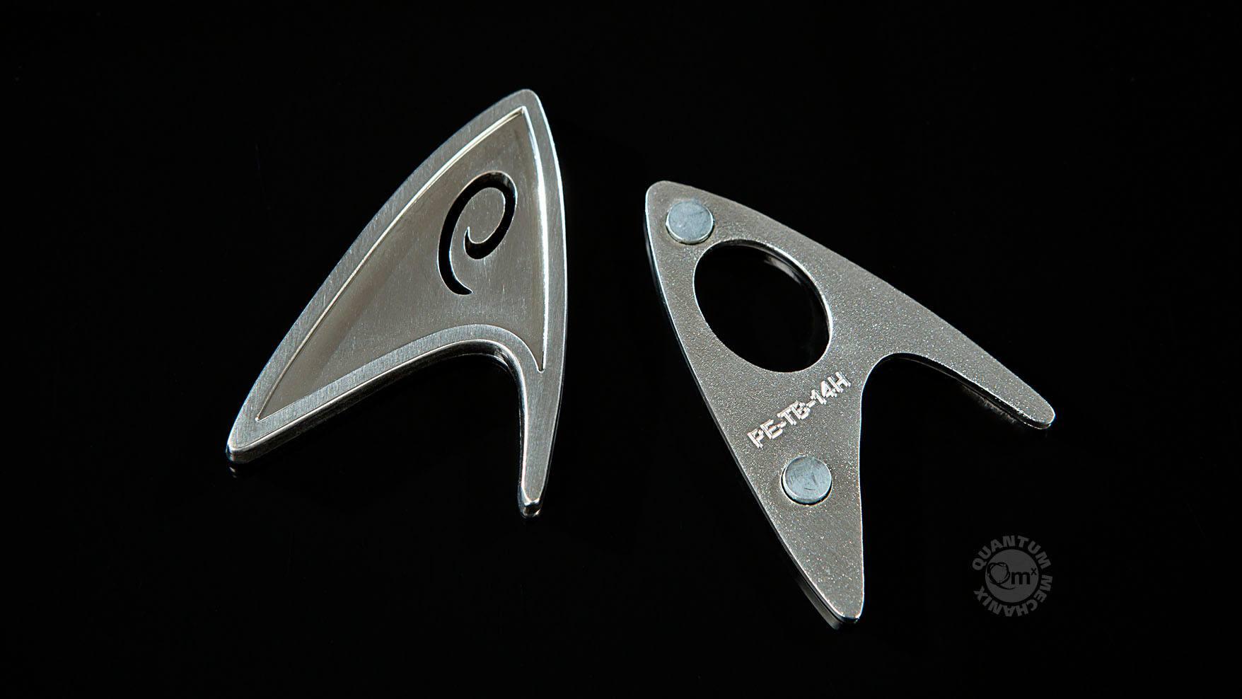 Star Trek 2009 Replica 1/1 Magnetic Starfleet Operations Division Badge