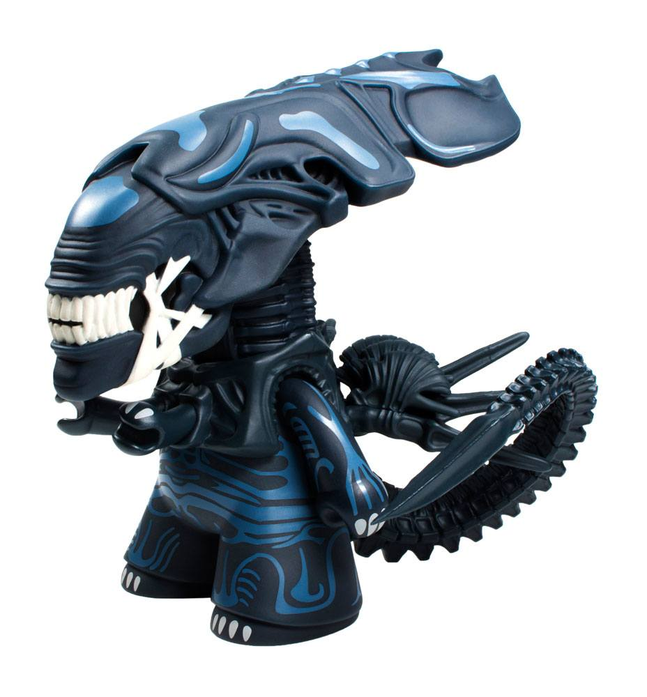 Aliens Titans Vinyl Figure Alien Queen Glow-in-the-dark Ver. 16 cm
