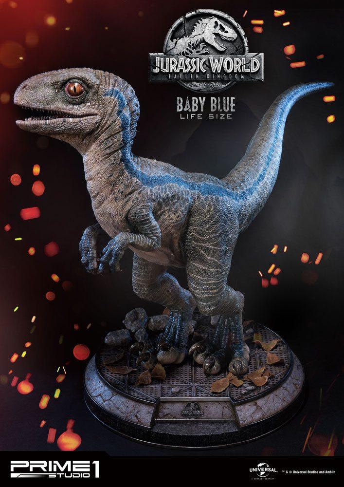 Jurassic World: Fallen Kingdom Life-Size Statue Baby Blue 69 cm