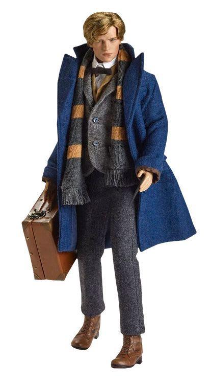 Fantastic Beasts Doll Newt Scamander 43 cm --- DAMAGED PACKAGING