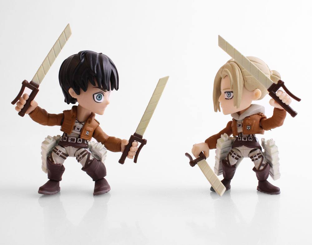 Attack on Titan Action Figure 2-Pack Eren & Annie (Fear) SDCC 2017 8 cm --- DAMAGED PACKAGING