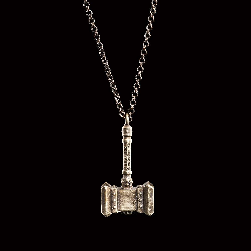 Warcraft Pendant and Chain Doomhammer