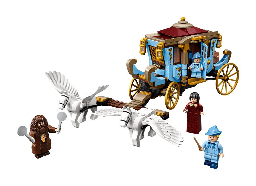 LEGO® Harry Potter™ - Beauxbatons' Carriage: Arrival at Hogwarts™ --- DAMAGED PACKAGING