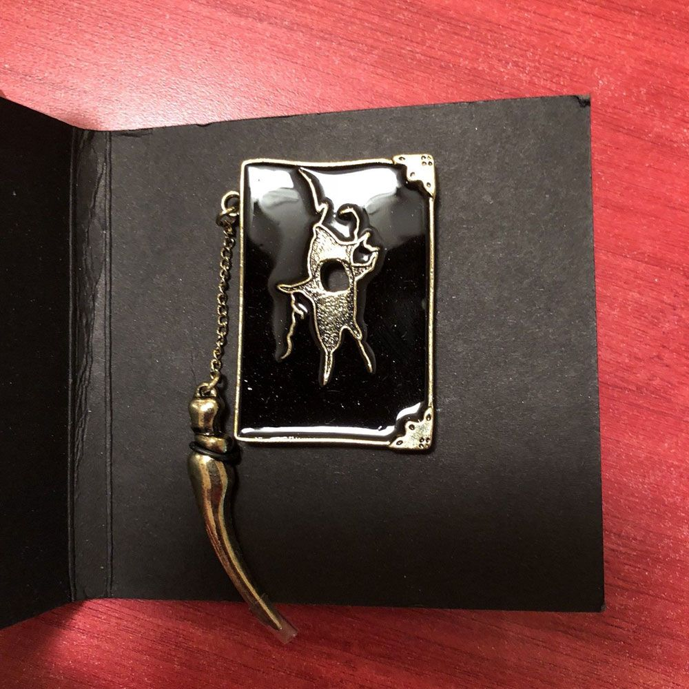 Harry Potter Metal Pin T. M. Riddle's Diary Lootcrate Exclusive