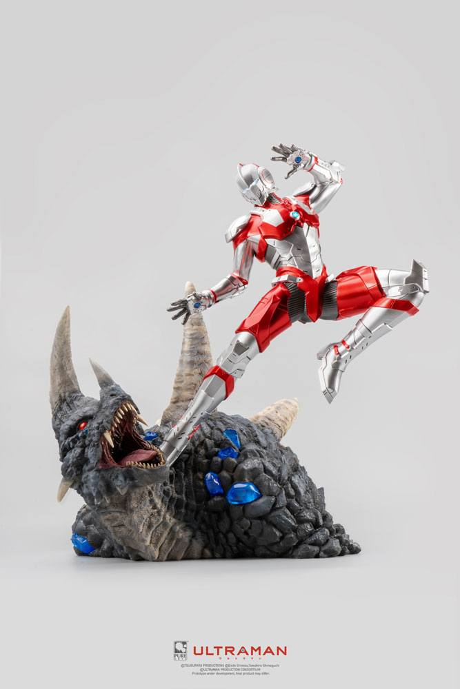 Ultraman Statue 1/4 Ultraman vs Black King 61 cm