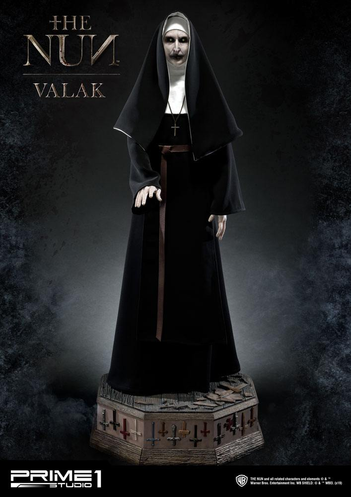 The Nun Statue 1/2 Valak 114 cm