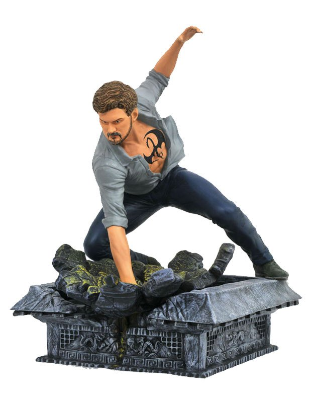 The Defenders Marvel TV Gallery PVC Statue Iron Fist 20 cm