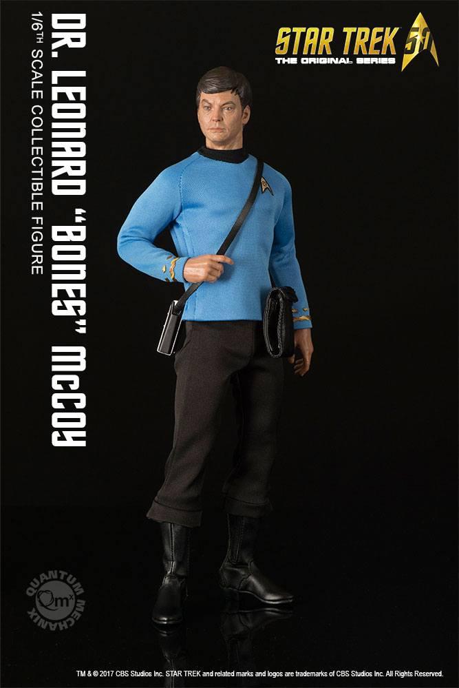 Star Trek TOS Action Figure 1/6 Dr. Leonard 'Bones' McCoy 30 cm