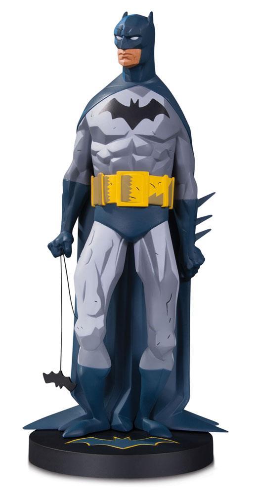 DC Designer Series Statue Batman by Mike Mignola 33 cm