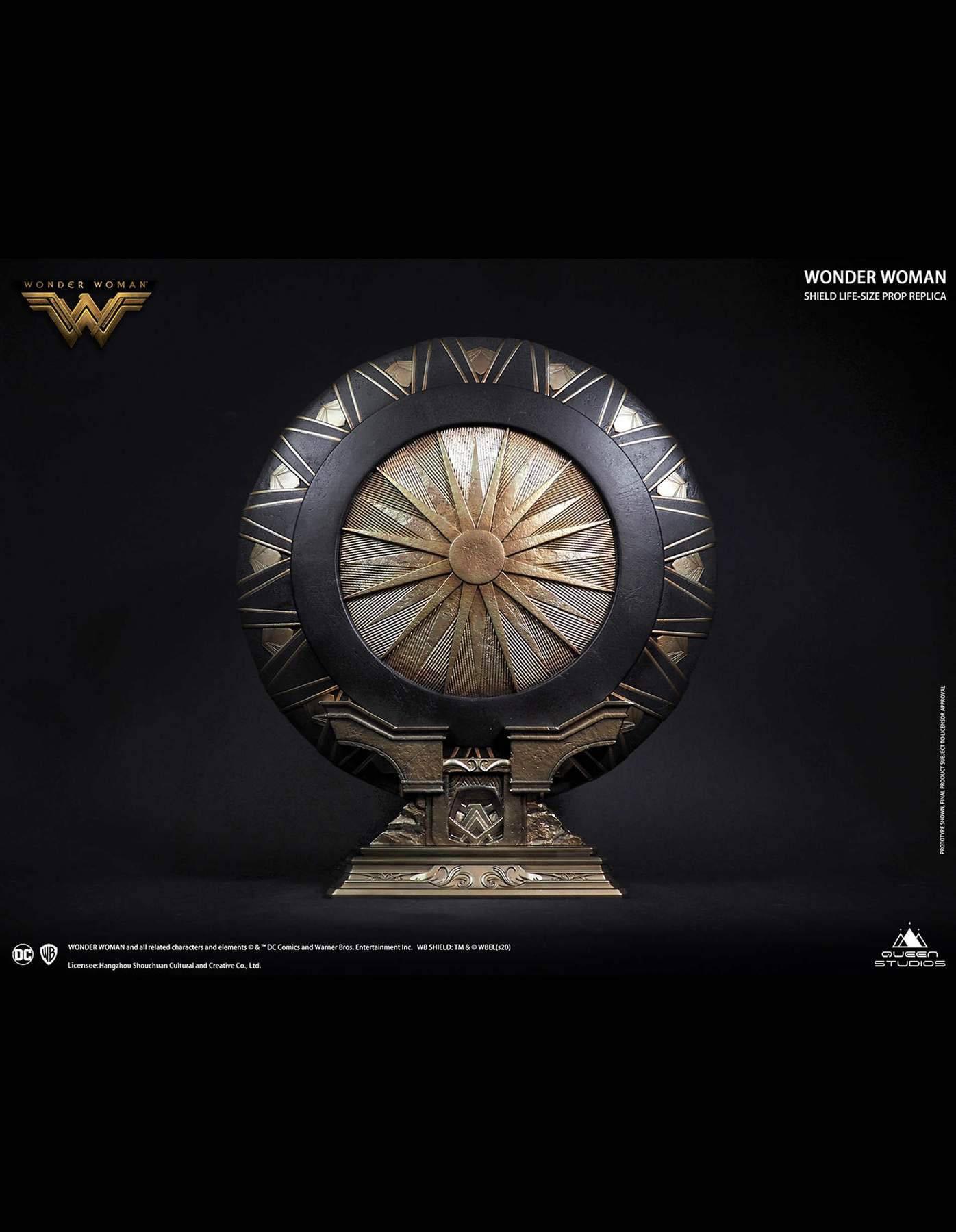 Wonder Woman Life-Size Replica Wonder Woman Shield Regular Edition 58 cm