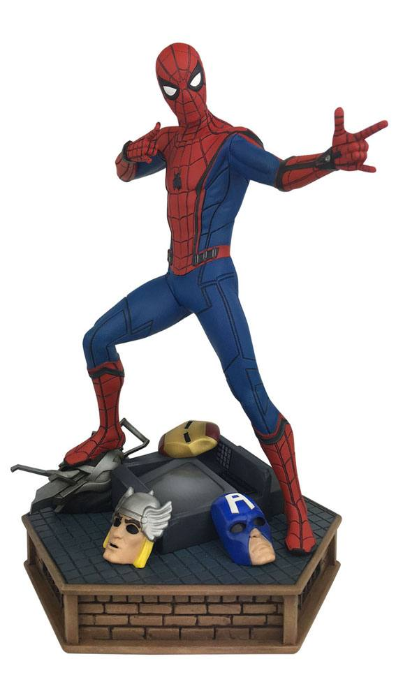 Spider-Man Homecoming Marvel Premier Collection Statue Spider-Man 30 cm