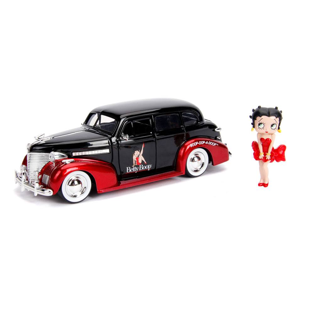 Betty Boop Hollywood Rides Diecast Model 1/24 1939 Chevy Master Deluxe with Figure