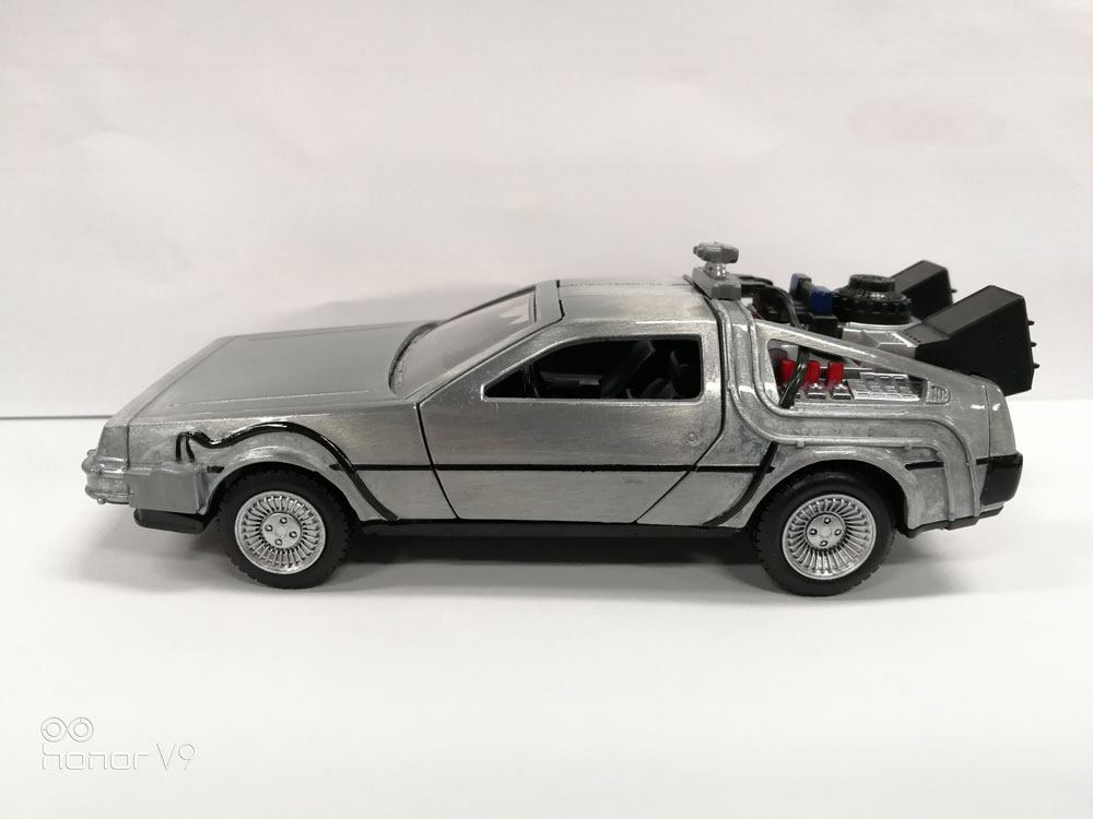 Back to the Future Hollywood Rides Diecast Model 1/32 DeLorean Time Machine