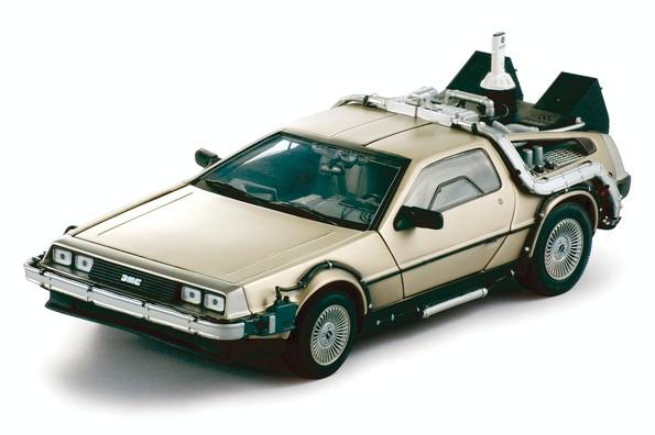 Back to the Future II Diecast Model 1/18 ´83 DeLorean LK Coupe