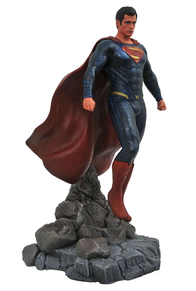 Justice League Movie DC Gallery PVC Statue Superman 23 cm --- DAMAGED PACKAGING