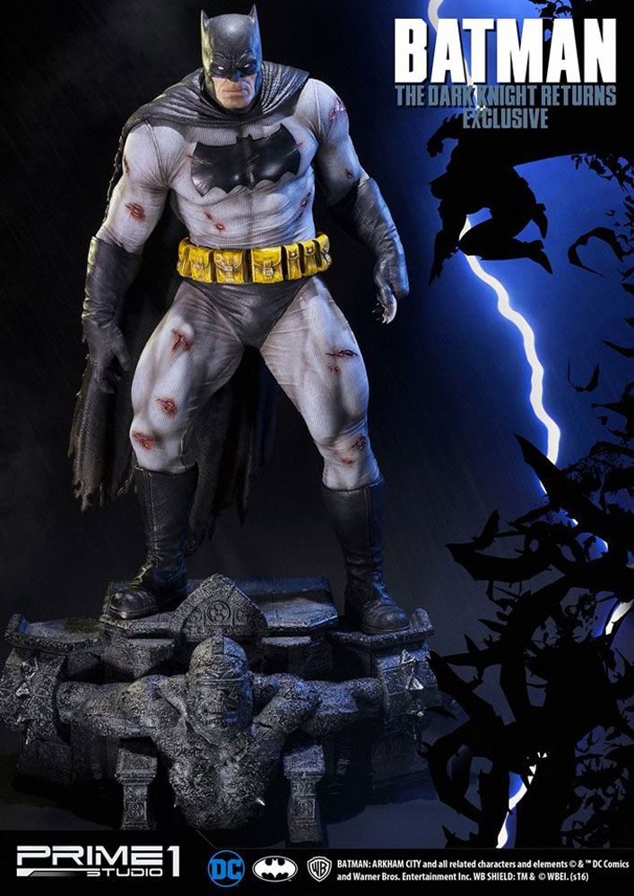 Batman The Dark Knight Returns 1/3 Statues Batman & Batman Exclusive 83 cm Assortment (3)