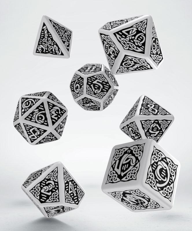 Celtic 3D Revised Dice Set white & black (7)