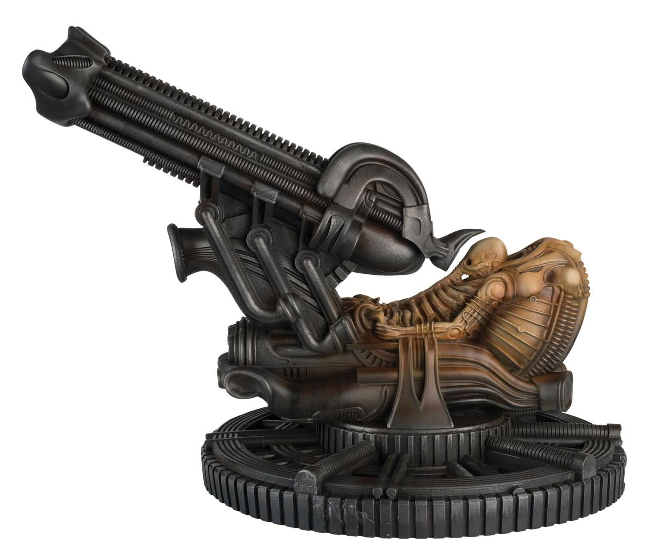 The Alien & Predator Figurine Collection Special Statue Space Jockey 24 cm --- DAMAGED PACKAGING