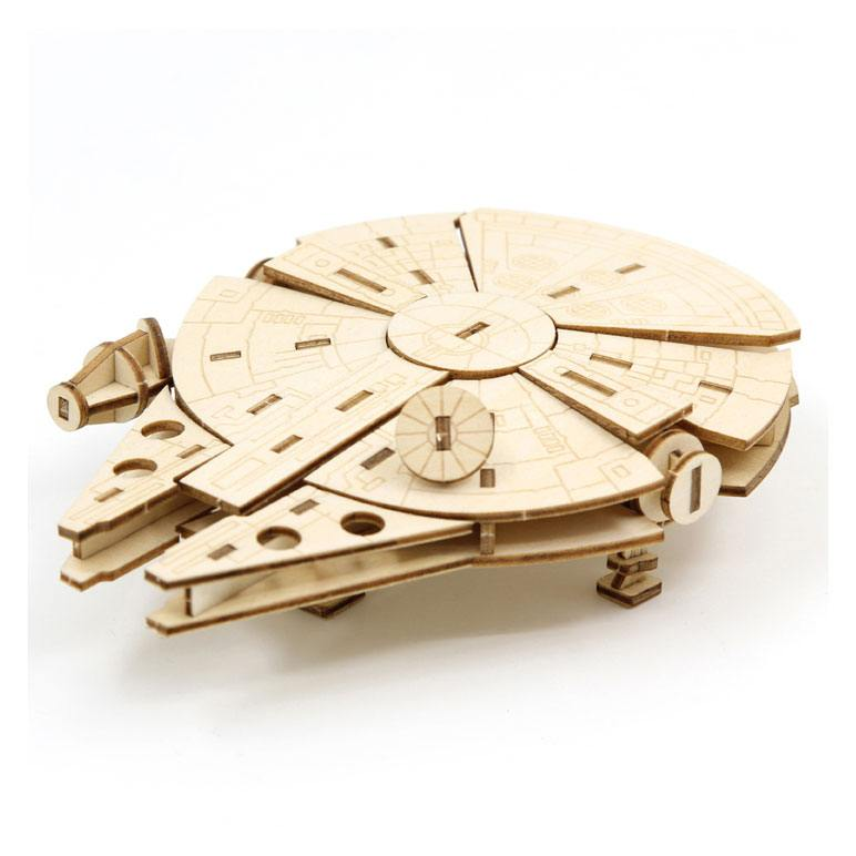 Star Wars IncrediBuilds 3D Wood Model Kit Millennium Falcon
