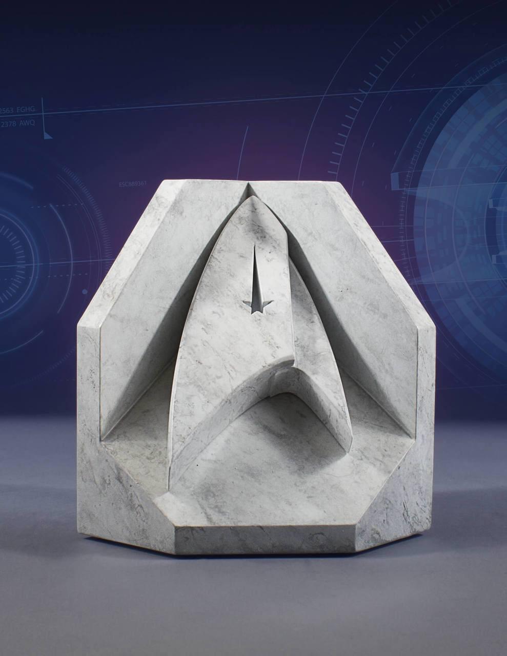 Star Trek Stonework Faux Marble Bookend Starfleet Emblem 16 cm