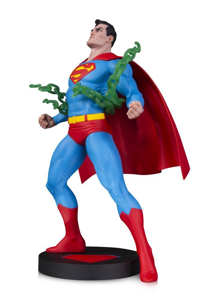 DC Designer Series Statue Superman by Neal Adams 30 cm