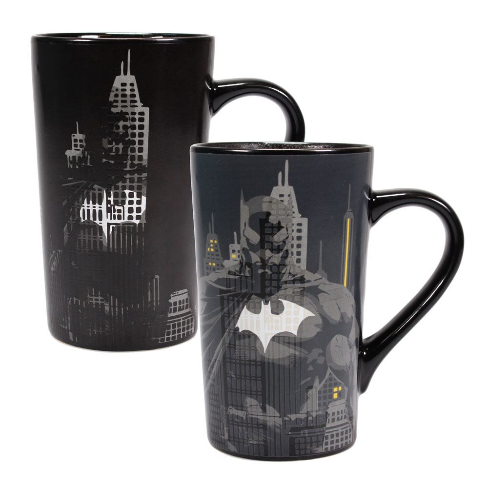 Batman Heat Change Latte-Macchiato Mug Bat-Signal