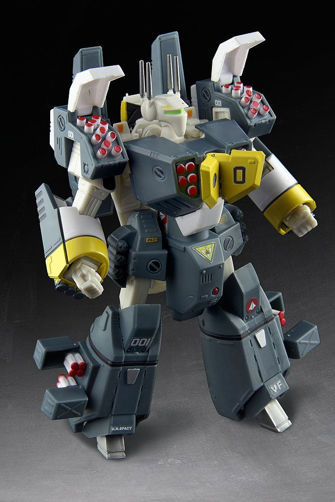 Robotech Heavy Armor Veritech Fighter Collection Action Figure 1/100 Roy Fokker GBP-1S 15 cm