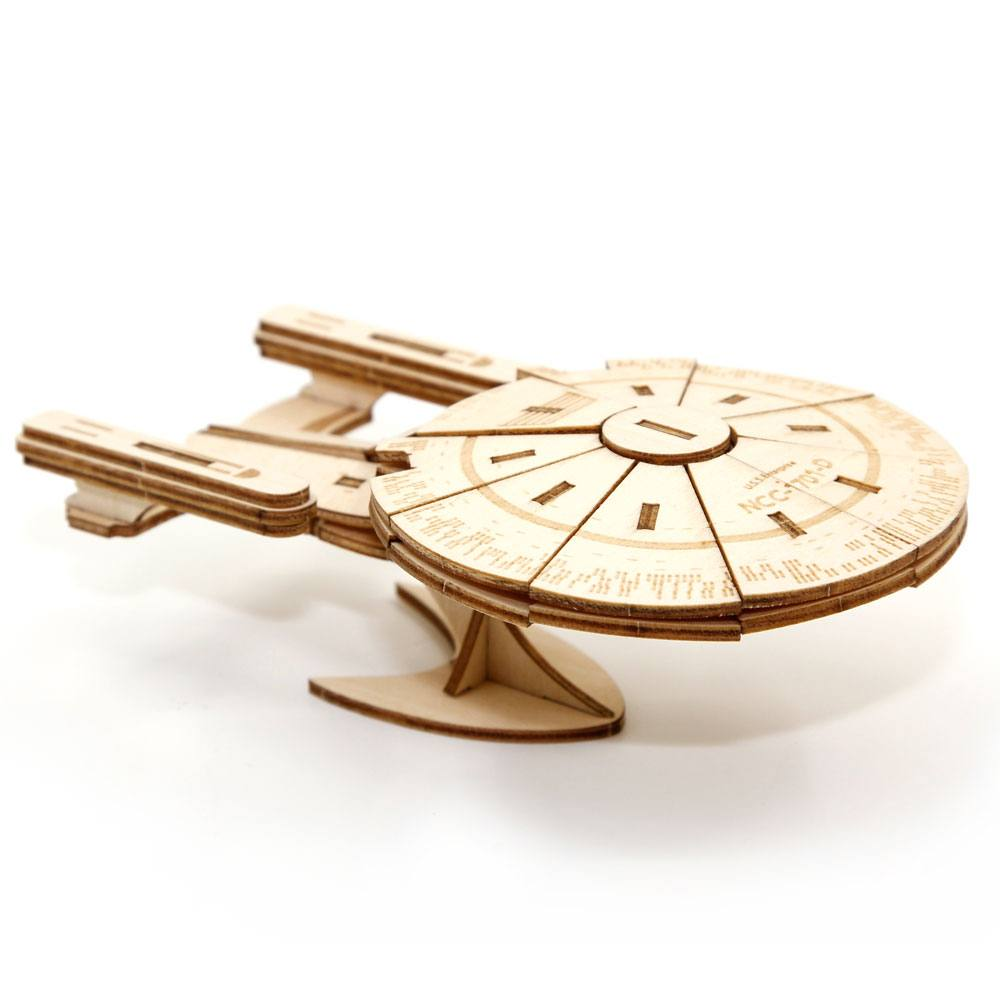 Star Trek TNG IncrediBuilds 3D Wood Model Kit U.S.S. Enterprise